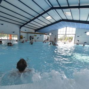 piscine couverte camping les lacs soulac (1)